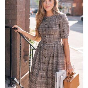 Gal Meets Glam Neutral Woodland Plaid Jeanie Dress